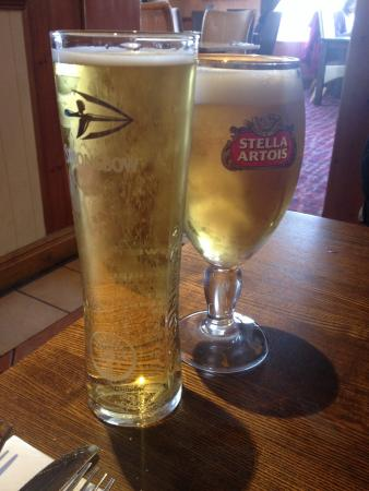The Red Lion: Drinks at the pub!