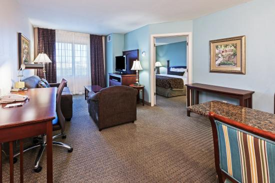 Staybridge Suites San Antonio NW near Six Flags Fiesta Texas. Staybridge Suites San Antonio NW near Six Flags Fiesta Texas  88
