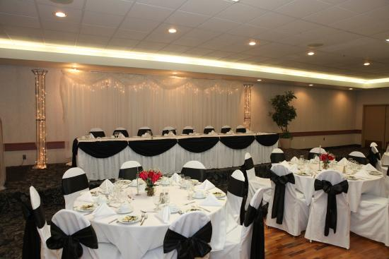 """St Albert Inn and Suites: """"Let us help you plan your upcoming wedding"""""""