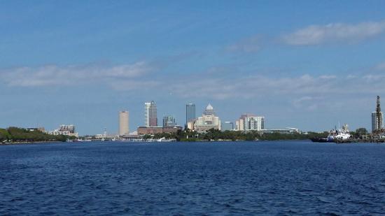Tampa Bay Fun Boat