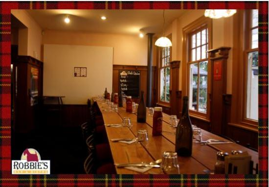 Robbies Bar & Bistro: We're all ready for a big booking