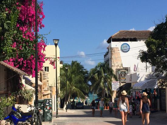 Playa del carmen shopping | discover the best shopping in playa.