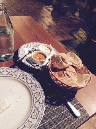 Bread and Aioli