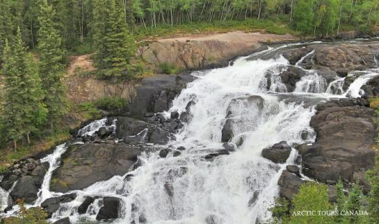 Arctic Tours Canada: Cameron Falls Hiking Tours