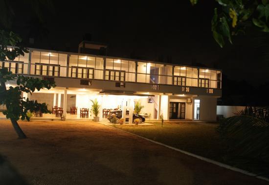 Estuary Beach Hotel