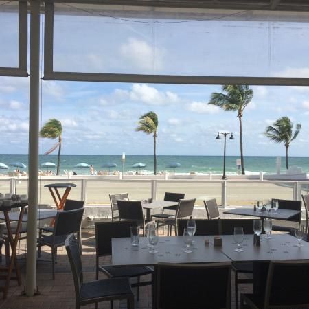 Shula's on the Beach: A view from Shula's outdoor seating area