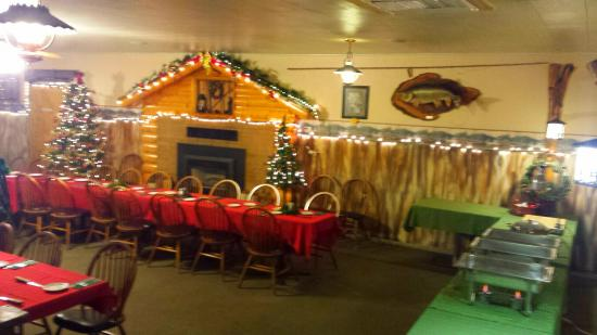 Flaming Gorge Restaurant: The Dining Room Setup For A Christmas Party Of 75  People