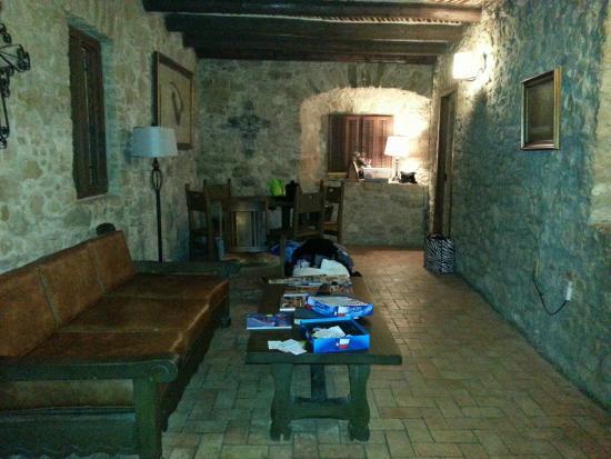 Quarters at Presidio la Bahia: Living/dining area