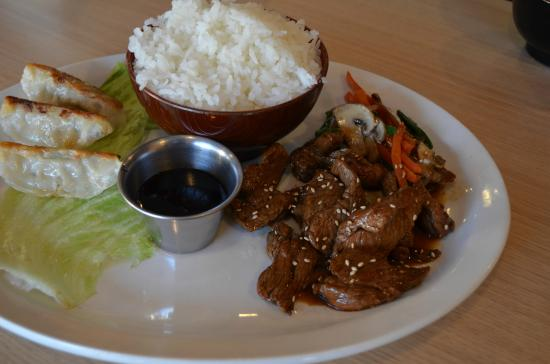 Niko Sushi & Steak: Teriyaki beef combo special