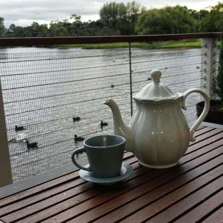 Nothing more relaxing then a cup of tea while watching the ducks