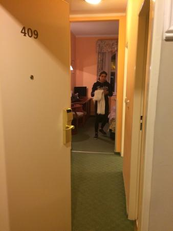 Hotel Union Prague: Aprendo la porta