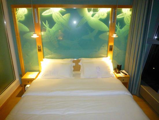 Extra großes Bett (2 m breit) in der Duplexsuite - Bild von ...