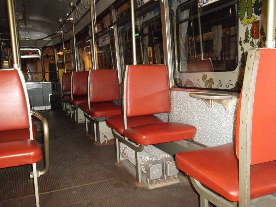 Straßenbahn Innen