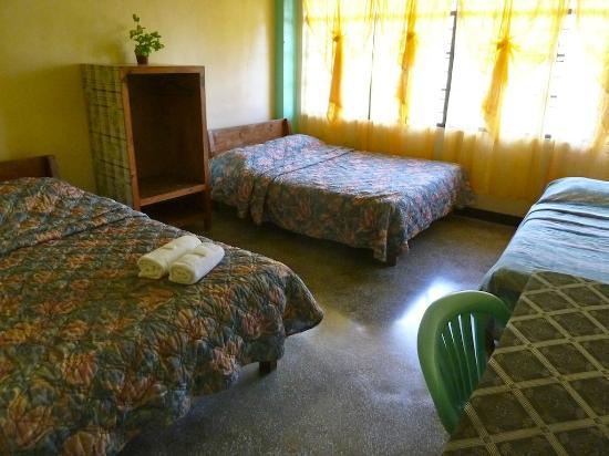 Halfway Lodge: Habitación familiar en la planta baja