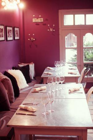 La Maison de Petit Pierre : Salle du restaurant
