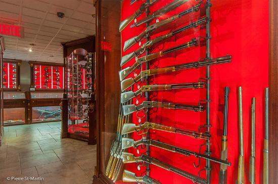 Musee canadien de l'Arme et du Bronze: Armes longues