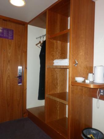 Premier Inn London Edgware Hotel: Quadruple room