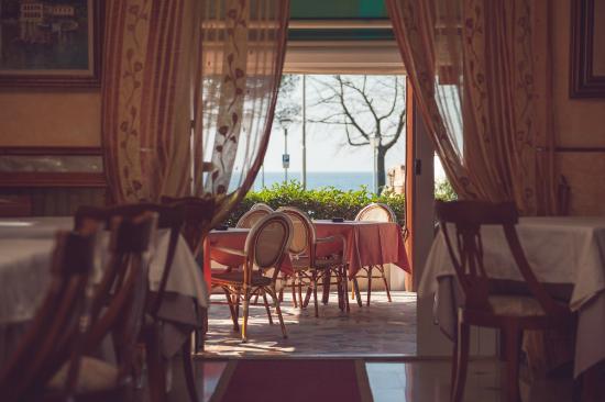 Hotel San Marco: Vista esterna dal ristorante