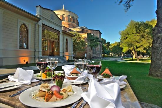Karakol Restaurant Topkapı Sarayı ile ilgili görsel sonucu