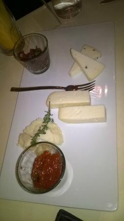 Ristorante Sopra le Mura: Los quesos... no merecen la pena!