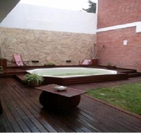 Hotel Jaguel Del Medio: Patio Interno Con Jacuzzi