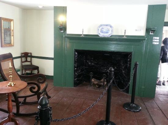 The Original Bed 1 Of The 3 Original Pieces Of Furniture Left Picture Of Edgar Allan Poe