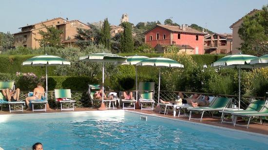 Hotel Villa Belvedere: Piscina hotel