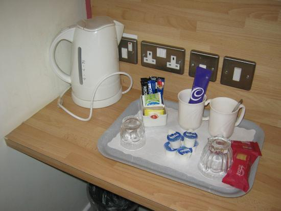 Overstone Park Hotel: Drink tray