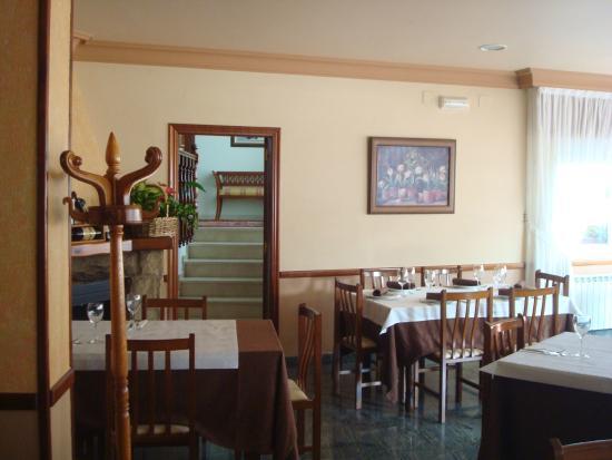 Hotel Restaurante Casa Portuguesa: Área del Comedor