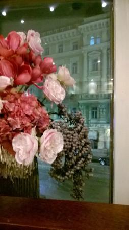 Farouge: Decoration