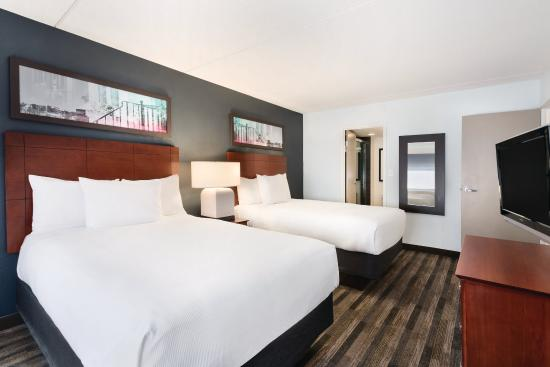 HYATT house Charlotte Airport: Two-Bedroom Trio Suite