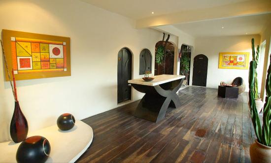 Kinbe Hotel: Exterior