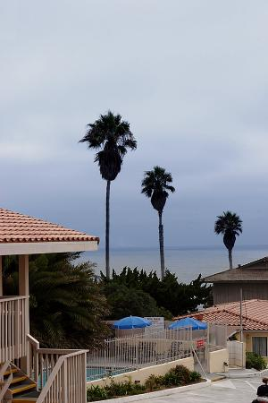 Pacific Shores Inn: Pacific Ocean