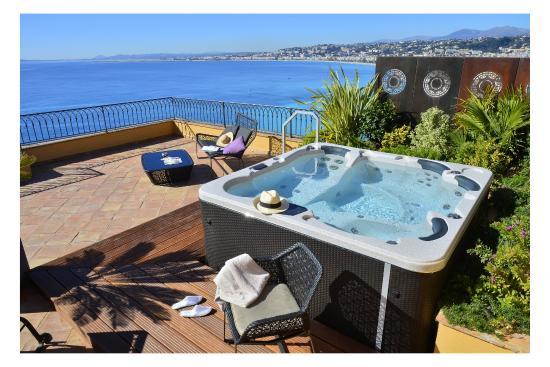 Hotel La Perouse Terre Suite