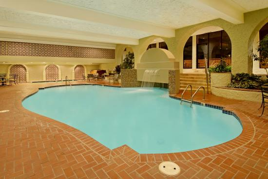 Downtown Omaha Hotels With Jacuzzi In Room