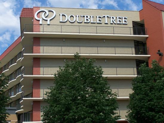 Photo of DoubleTree Suites by Hilton Omaha