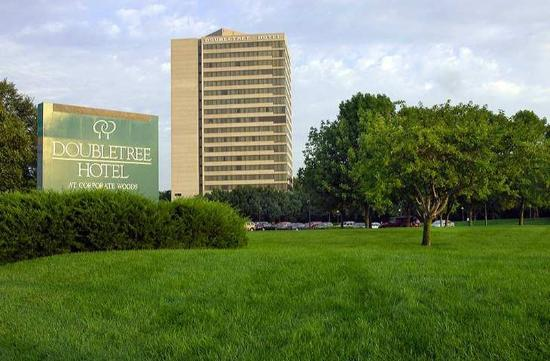 Photo of DoubleTree by Hilton Kansas City - Overland Park