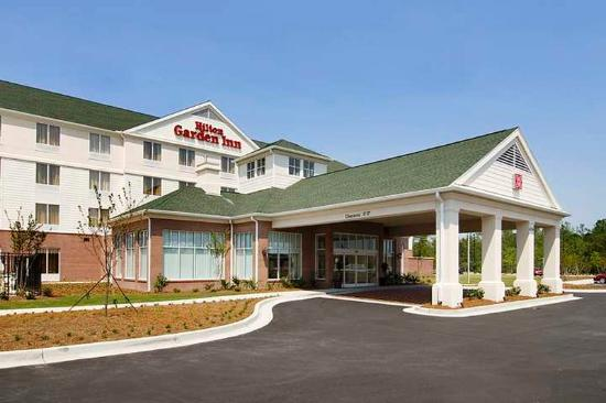 Hilton Garden Inn Wilmington Mayfaire Town Center: Exterior