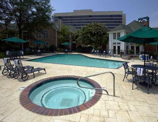 Homewood Suites by Hilton Memphis-Poplar : Pool
