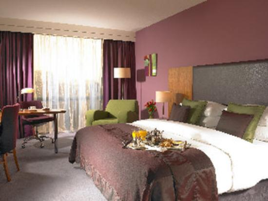 Limerick Strand Hotel: Superior King Bedroom