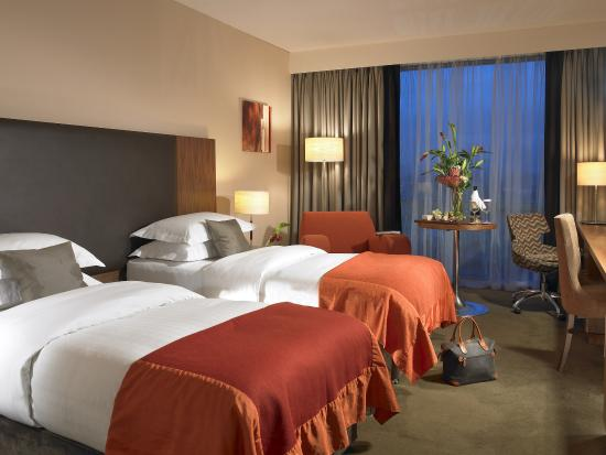 Limerick Strand Hotel: Guest Room