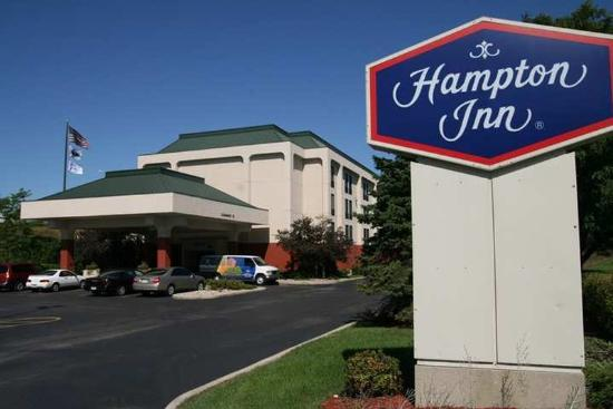 Hampton Inn Milwaukee Northwest: Exterior