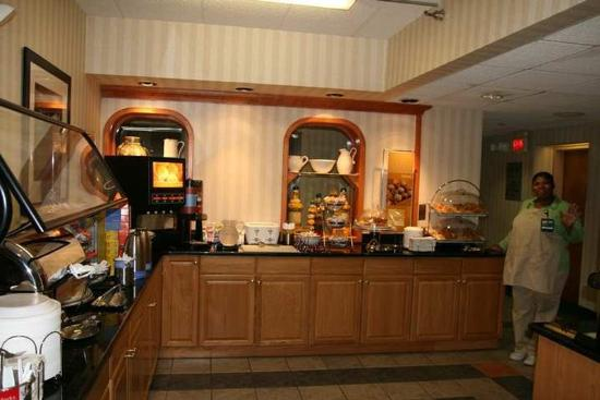 Hampton Inn Milwaukee Northwest: Restaurant