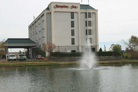 Hampton Inn Louisville-Northeast