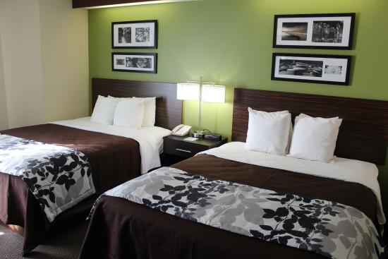 Sleep Inn Matthews - Charlotte : Two Queen Bed Room