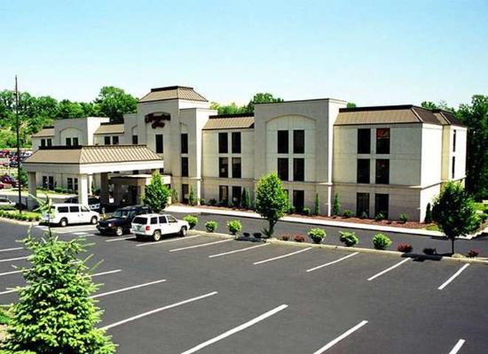Hampton Inn Pittsburgh/West Mifflin: Exterior