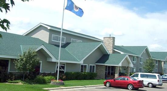 AmericInn Lodge & Suites Northfield: AANFLD