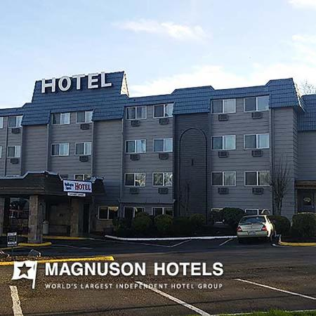 Washington Square Hotel - Tigard: Exterior