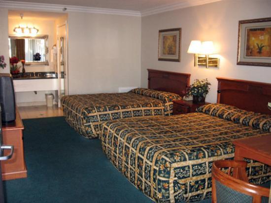 Photo of Castaic Inn