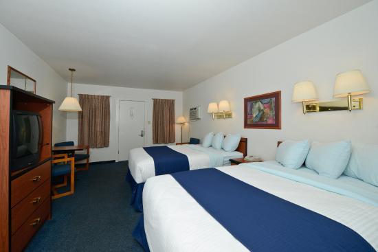 Americas Best Value Inn Villa Motel 152 ̶1̶6̶9̶